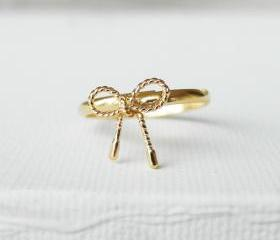 Twisted Bow ring in gold, Ribbon tied, knuckle ring in silver, adjustable ring, everyday jewelry, delicate minimal jewelry