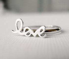 Adjustable Love ring in silver, knucle ring, letters ring