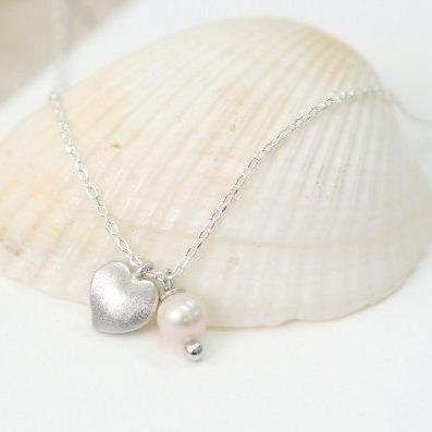 Tiny Heart Necklace, Freshwater Pearl, Apple Heart Necklace, everyday jewelry, delicate minimal jewelry